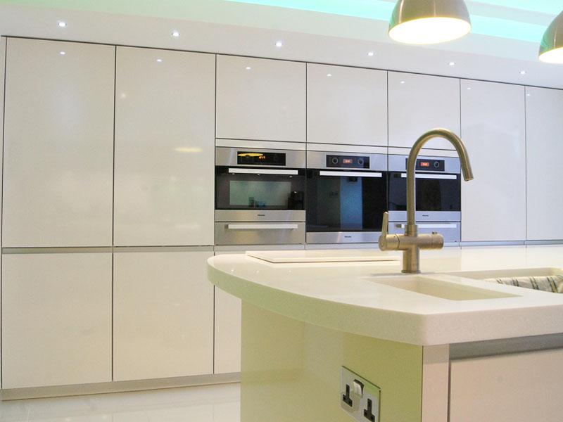 Beautiful tall housings. Kitchen project E Yorks